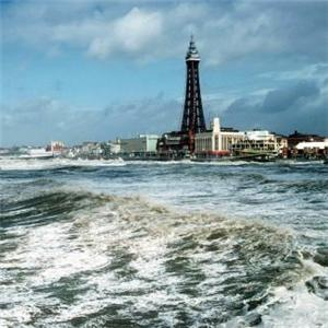 Blackpool set for £38.9m regeneration job